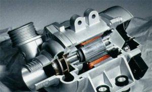 寶馬的電子水泵具有很多優勢,可以節省燃油
